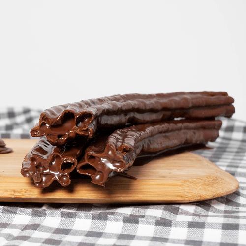 Porra bañada en chocolate